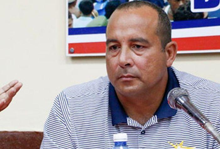 Designan nuevo Comisionado de Béisbol en Cuba en sustitución de Yovani Aragón