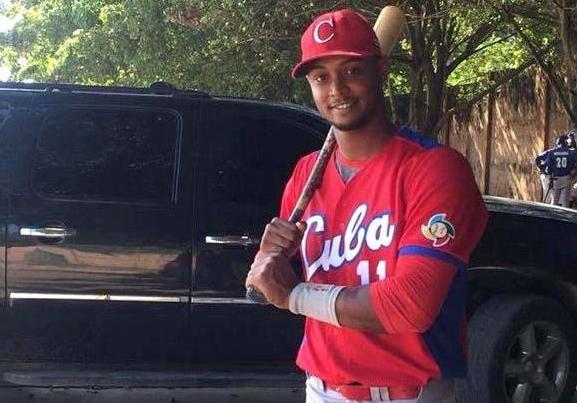 ANDY PACHECO - Fallece pelotero cubano en accidente de tránsito en Boca Chica