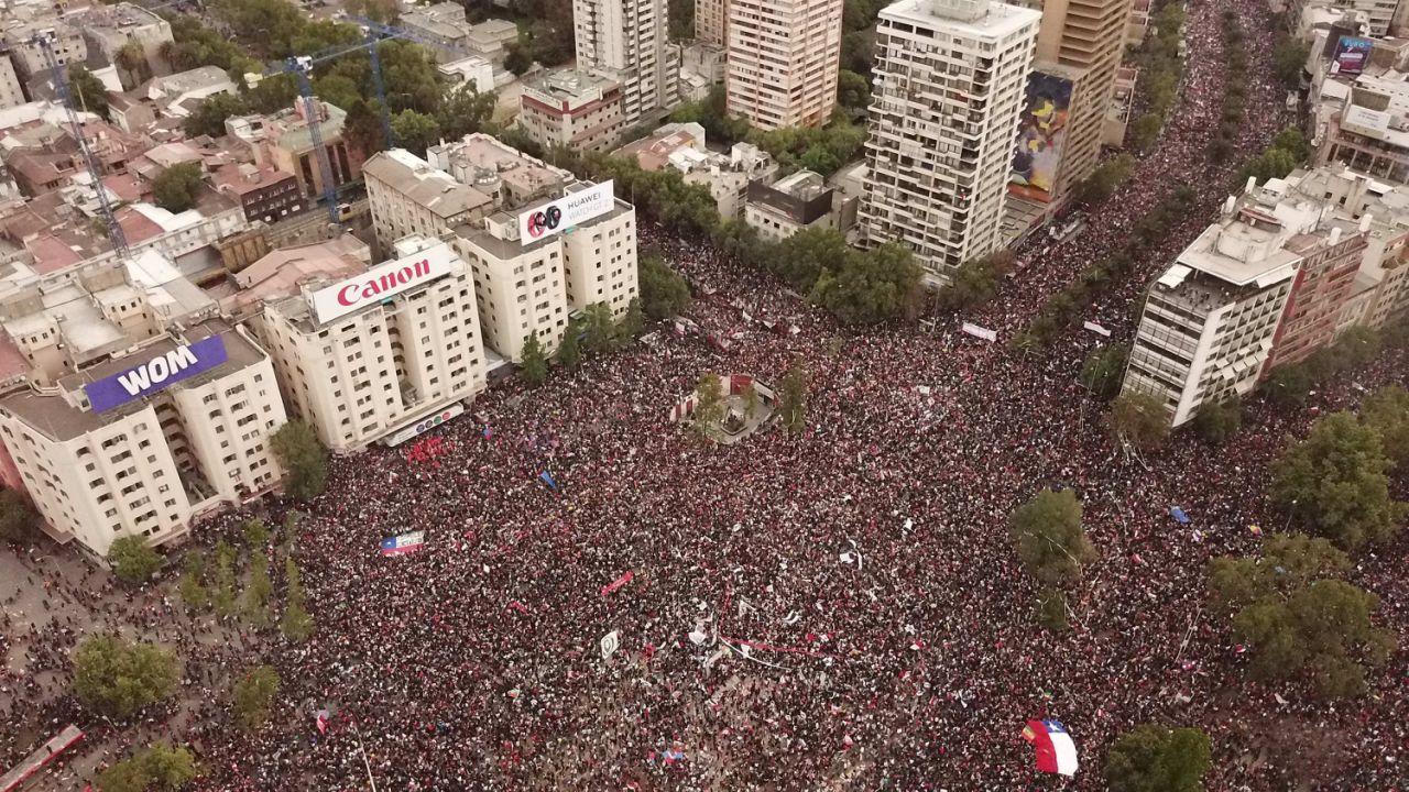 El presidente Piñera levanta el estado de emergencia en Chile