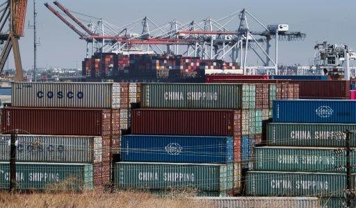 Contenedores chinos en el puerto de Los Ángeles.