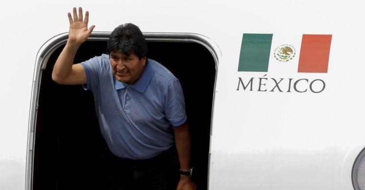 Evo Morales al arribar a México.