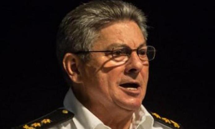 Prohíbe la entrada en su territorio al ministro del Interior de Cuba