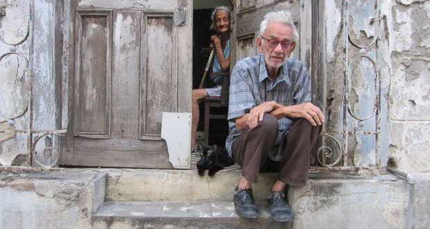 Ancianos cubanos.