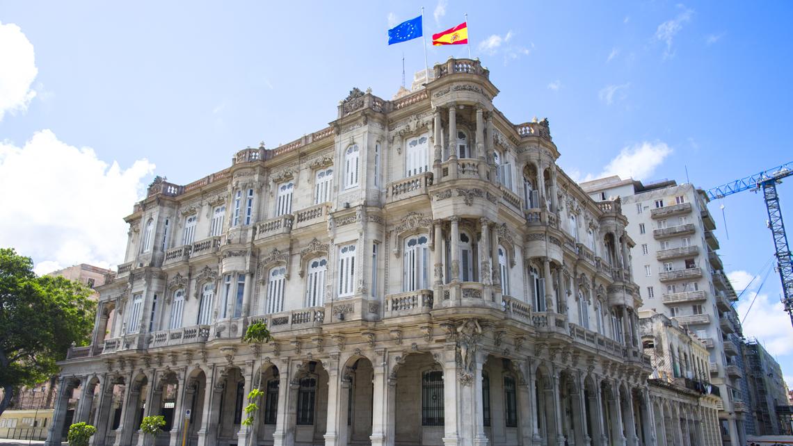 Continúan mejoras en el consulado de España en Cuba