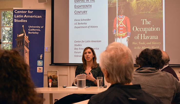 Elena Schneider durante la presentación de 'The Occupation of Havana'.
