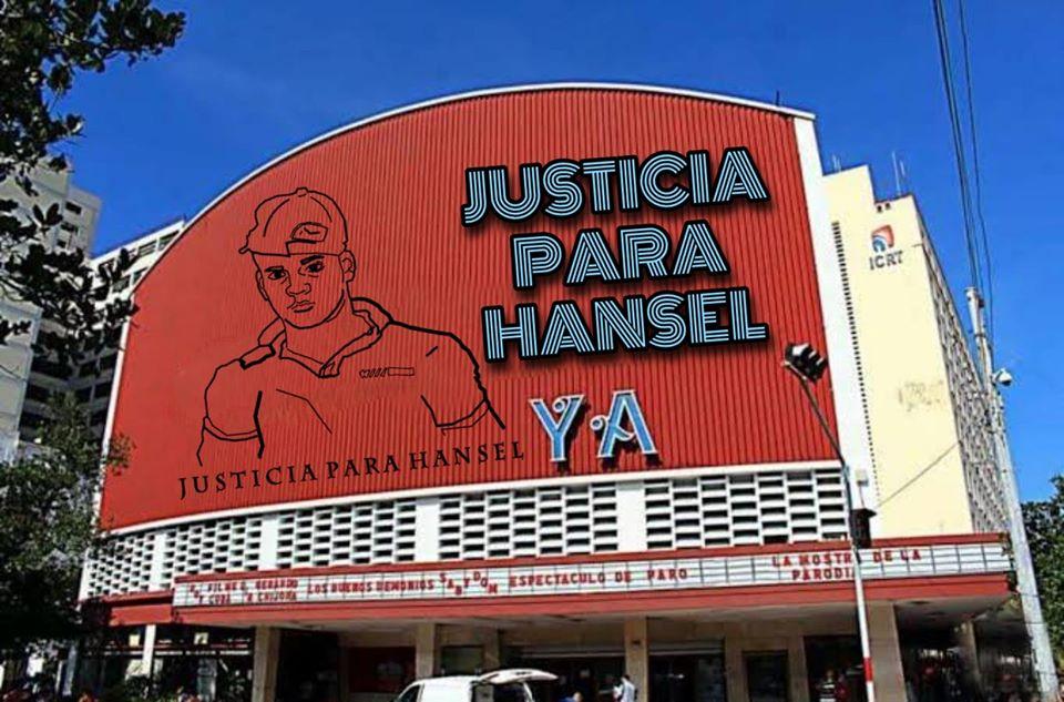 Cartel de la protesta pacifica convocada frente al cine Yara.