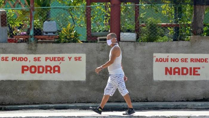 Díaz-Canel evalúa el comportamiento del Covid-19 en Cuba