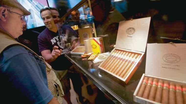 Tienda de tabaco en Cuba.