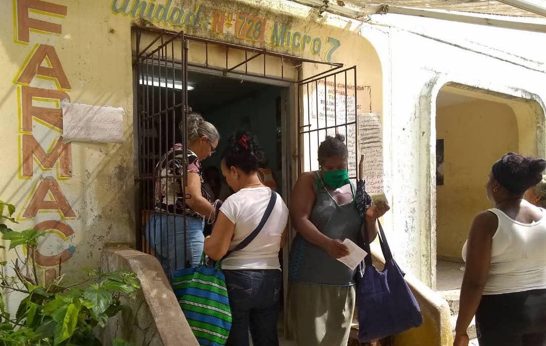 Farmacia en Santiago de Cuba.