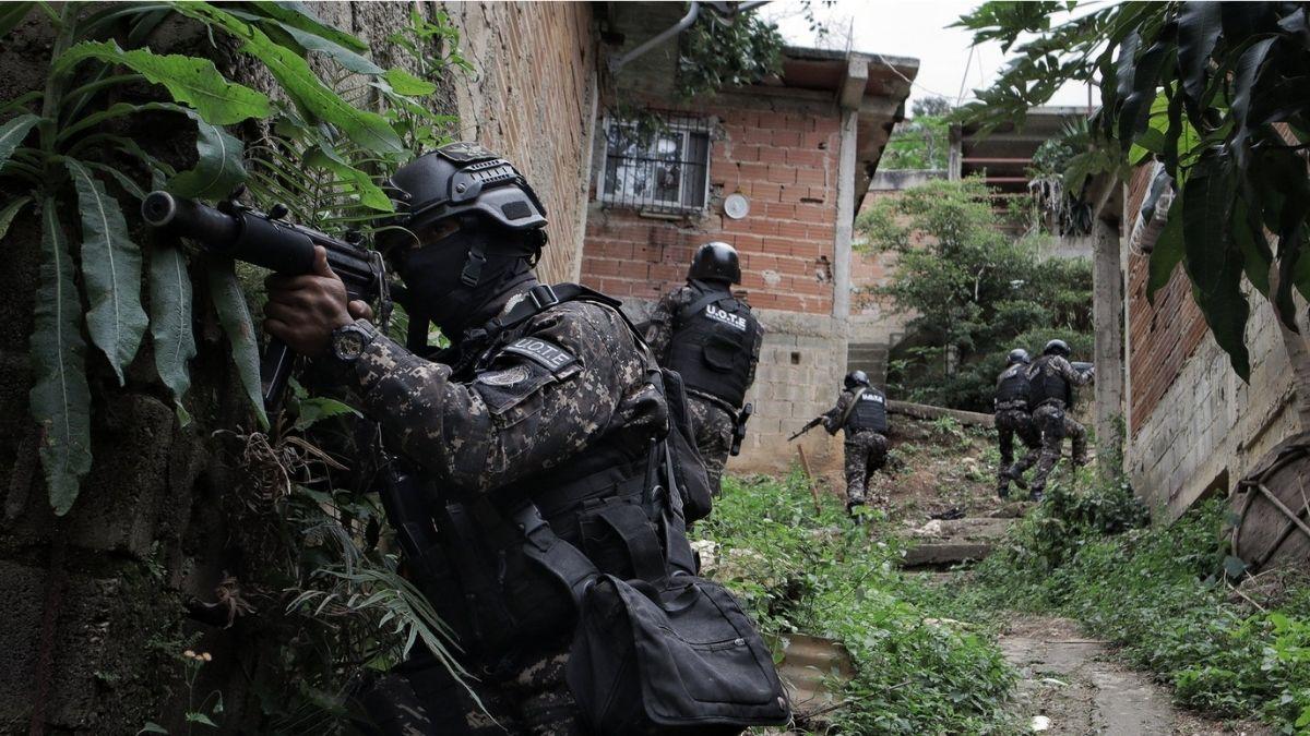 Fuerzas policiales venezolanas