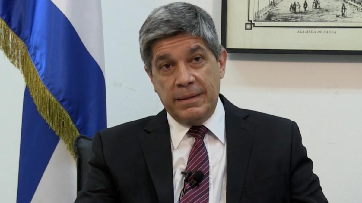 Carlos Fernández de Cossío,director general a cargo de EEUU del MINREX.