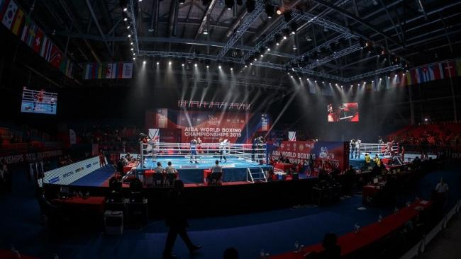 Cartel del Campeonato Mundial de Boxeo de 2019.