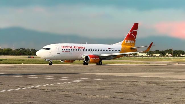 Avión de Sunrise Airways.
