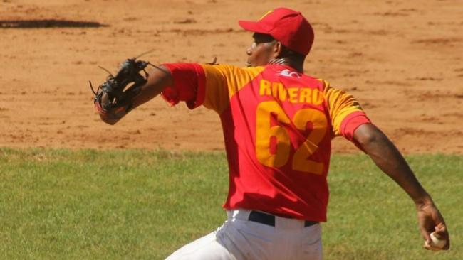 El lanzador matancero Renner Rivero.