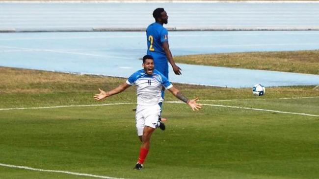 El delantero cubano Onel Hernández celebra su primer gol con la selección cubana.